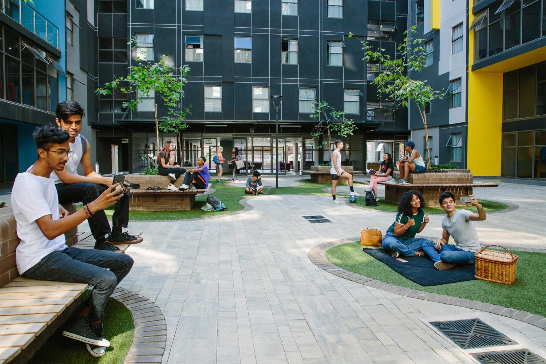 Hatfield_Square_Communal_Garden